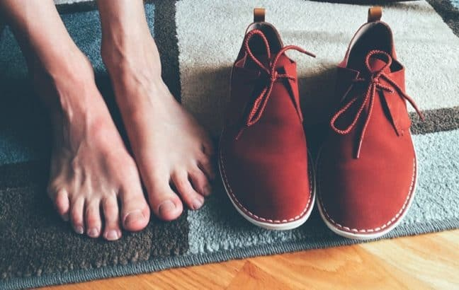 Minimalist Shoes for Plantar Fasciitis